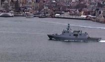 Türk savaş gemileri İstanbul Boğazında böyle görüntülendi