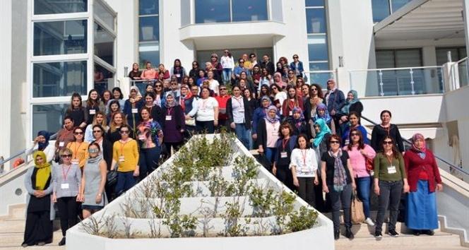 Genç girişimci kadınlar eğitimlerini tamamladı