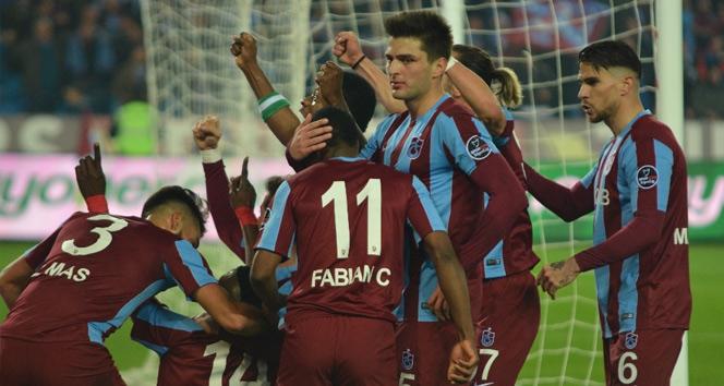 Trabzonspor evindeki galibiyet hasreti bitirmek istiyor