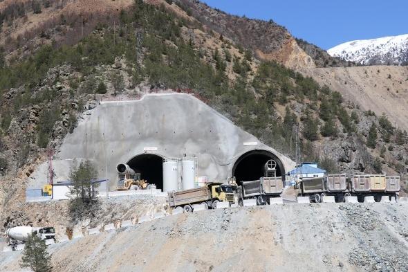 Zigana Dağı'nı aşmak için yapılan 3 tünelin hikayesi