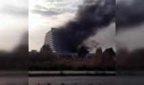 İzmirde 5 yıldızlı otelde korkutan yangın