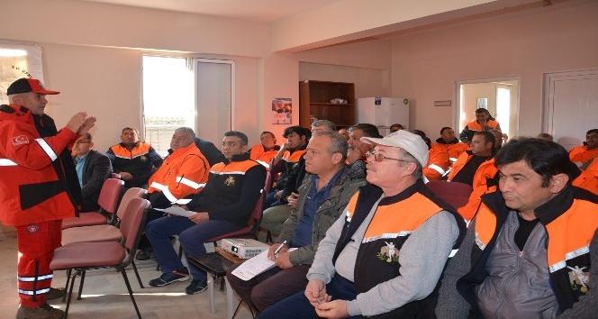 Efeler Belediyesi personeli 'Afet Farkındalık Eğitimi' alıyor