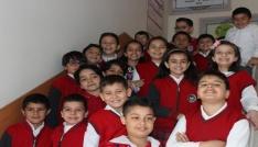 İlkokul öğrencilerine Ağız ve Diş Sağlığı hizmetleri anlatıldı