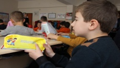 Rizede öğrencilere diş sağlığı anlatıldı