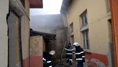 Kullanılmayan depoda yangın