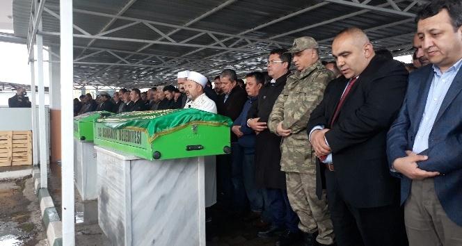 Osmaniyede karbonmonoksit gazından zehirlenen işçiler toprağa verildi