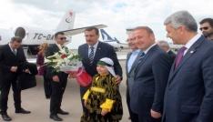 """Bakan Tüfenkci: """"Siyaset yaparken nefret dilini kullanmamalıyız"""""""