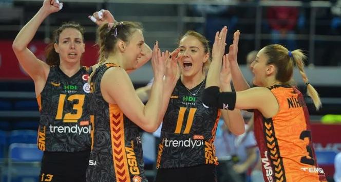 Galatasaray VakıfBankı yendi, final kapısını araladı