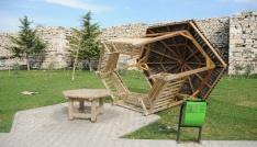 Şehir magandaları semt parkına zarar verdi