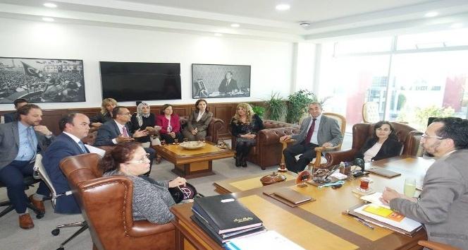 Aydın'a yaşlı üniversitesi kuruluyor