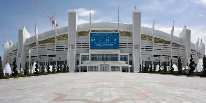 Polimeks'in inşa ettiği Aşkabat Olimpiyat Kompleksi'nde spor gösterisi
