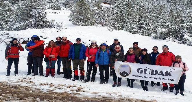 Gümüşhane ve Trabzonlu dağcılardan ortak yürüyüş