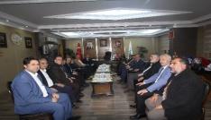Şeref Malkoçtan Başkan Memişe ziyaret
