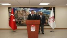 Kamu Başdenetçisi Şeref Malkoç, Vali İsmail Ustaoğlunu ziyaret etti