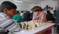 Bingölde satranç salonu açıldı