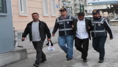 Telefon dolandırıcısı 120 bin TL değerinde altınla yakalandı