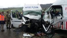 Tokatta trafik kazası: 16 yaralı