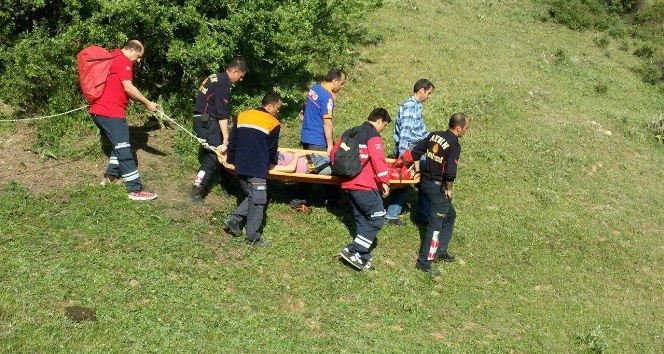 Atlayıştan sonra kaybolan genç paraşütçü yaralı olarak bulundu