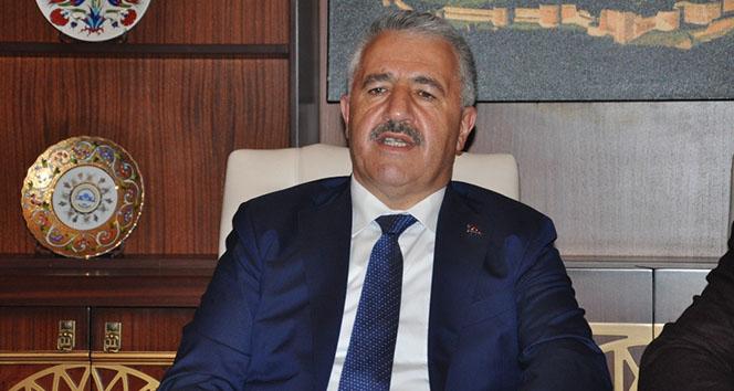 Bakan Arslan'dan FSM köprüsü açıklaması