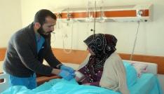 Mardinde hasta seçmenler oylarını kullandı