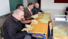 Milli Eğitim Bakanı Yılmazın sandığından evet çıktı