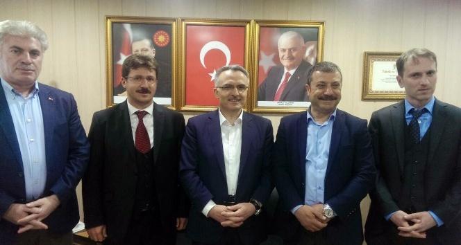Bakan Ağbaldan Türkiye rekoru kıran hemşehrilerine teşekkür