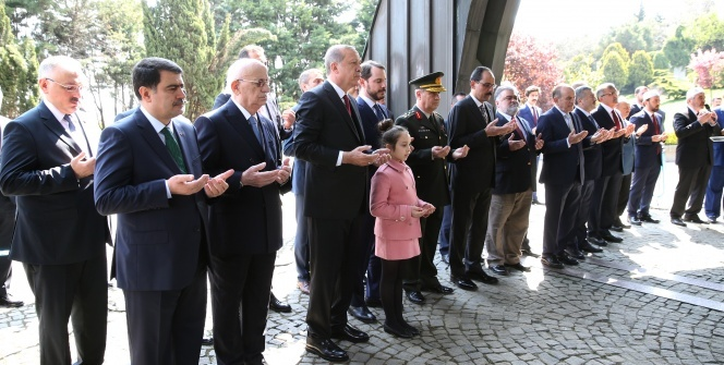 Cumhurbaşkanı Erdoğan, Turgut Özal'ı anma törenine katıldı