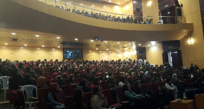 """""""Alternatif Yaklaşımlar ve Demokratik Eğitim"""" semineri"""