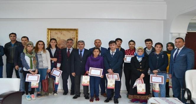 Mardinde Kitap Okuma yarışması