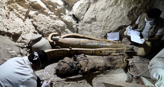 Mısırda bir mezarda Firavun dönemine ait altı mumya bulundu