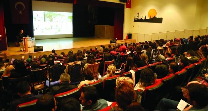 İhlas Koleji aile terapisi eğitimine ev sahipliği yaptı