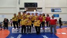 Turhal Güreşseverler Kulübü güreş şampiyonasında Türkiye ikincisi oldu