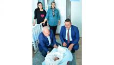 Lapsekide yeni doğan bebek ziyaretleri