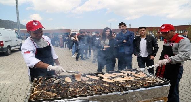 SDÜde balık ekmek şenliği