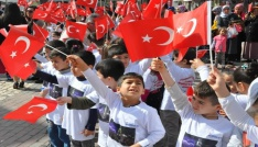 Gölbaşı ilçesinde 15 Temmuz Demokrasi yürüyüşü yapıldı
