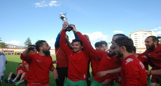 Turhalspor il şampiyonu oldu