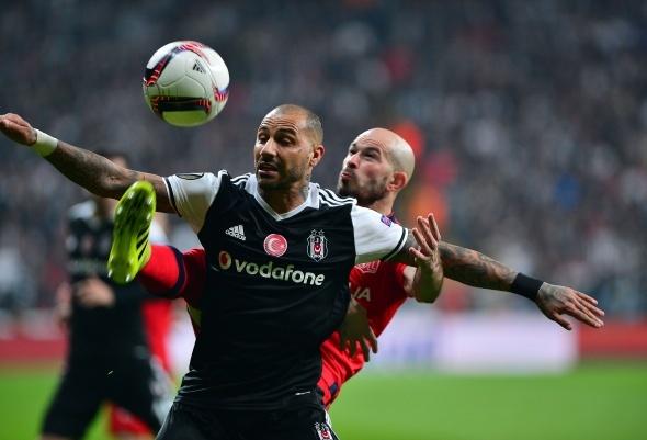 Beşiktaş Lyon maçından özel kareler