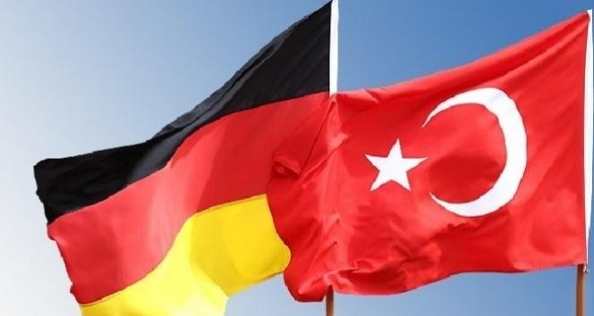 Almanların yüzde 64ü Türkiye ile AB arasındaki müzakereler kesilsin istiyor