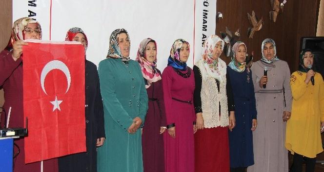 Veliler İstiklal Marşını güzel okumak için yarıştı
