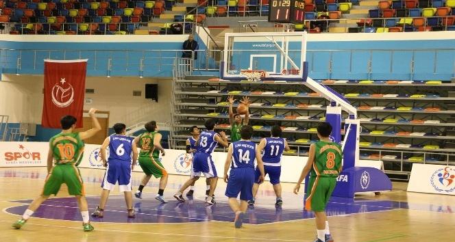 Büyükşehir basketbolda da iddialı