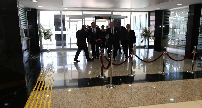 Macaristan Büyükelçisi Başkan Büyüksimitci'yi KAYSO'da ziyaret etti