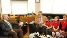 AK Partili Uysaldan Başkan Özgüvene ziyaret