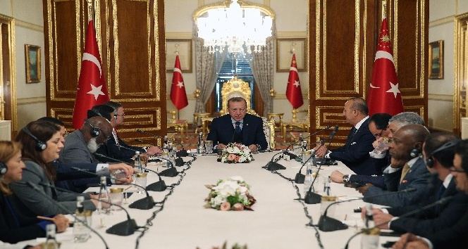 Cumhurbaşkanı Erdoğan, yabancı temsilcilerle bir araya geldi