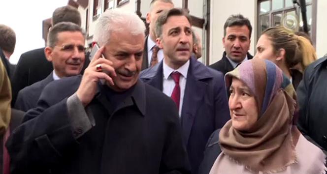 Başbakan Yıldırım, vatandaşın ricasını kırmadı