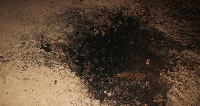 Patlamanın ardından dev çukur oluştu