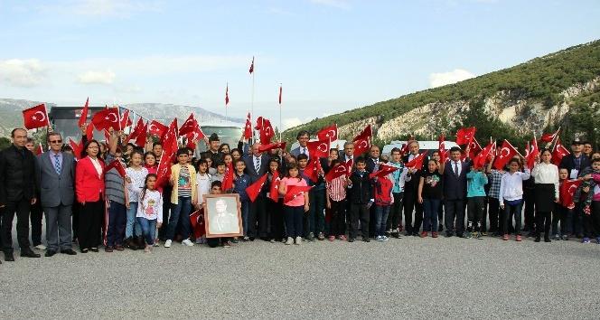 Jandarma'dan Çocuklara 5 yıldızlı 23 Nisan hediyesi