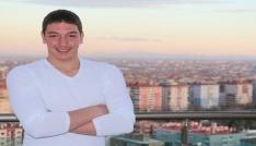 Kalbinden bıçaklanan 19 yaşındaki genç hayatını kaybetti
