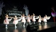 23 Nisana özel dans gösterisi