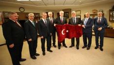 """Başkan Karaosmanoğlu: """"OSBler üretimin kalbidir"""