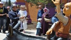 80 Binde Devri Alem Parkı 23 Nisanda ücretsiz